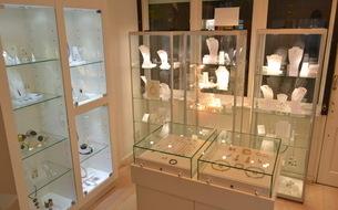 Nude Contemporary Jewellery Shop Interior
