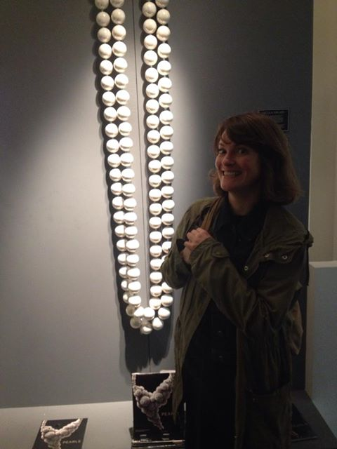 Aimee at the V & A Pearls Exhibition