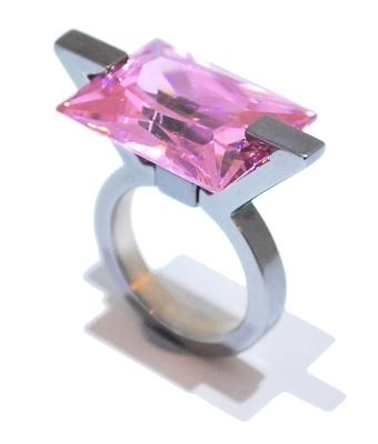 Ultra Pink Ring