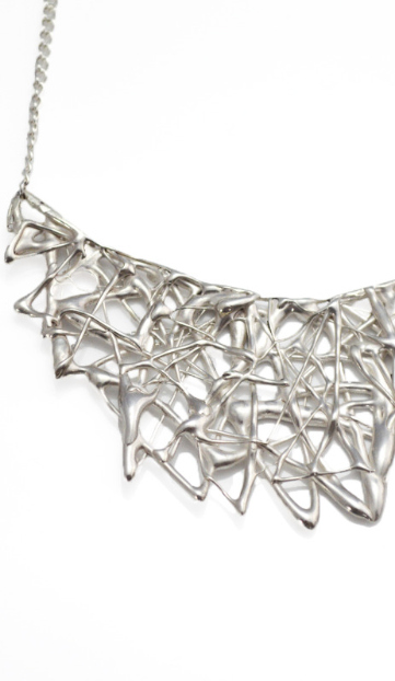 lamanai silver necklace an unusual necklace by jewellery designer Carina De Jager