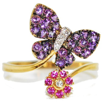 quirky and unusual engagement ring ideas - amethyst and sapphire gemstone engagement ring