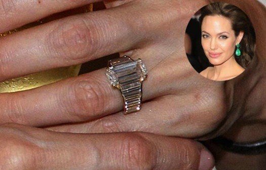 angelina-jolie-engagement-ring