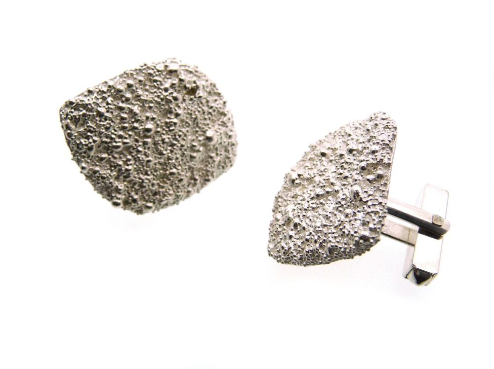 Large Granulation Cufflinks