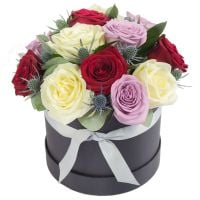FLOWERS - ARRANGEMENTS, HAT BOXES, BASKETS.