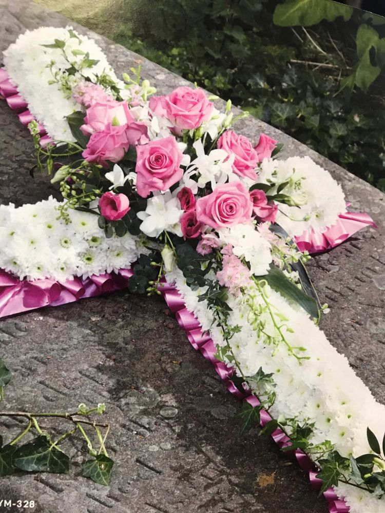 Pink and White massed cross 3ft