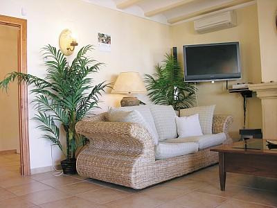 Sitting Room El Dor
