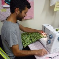 Learn to use a sewing machine, beginner class