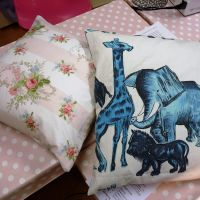 Cushion Making Part 1 workshop 8.10.11 Rachel and Jackies Retro style cushi