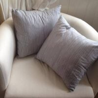 Learn to Use a sewing machine and at home after: Chic cushions by Becky Simpson - 2013