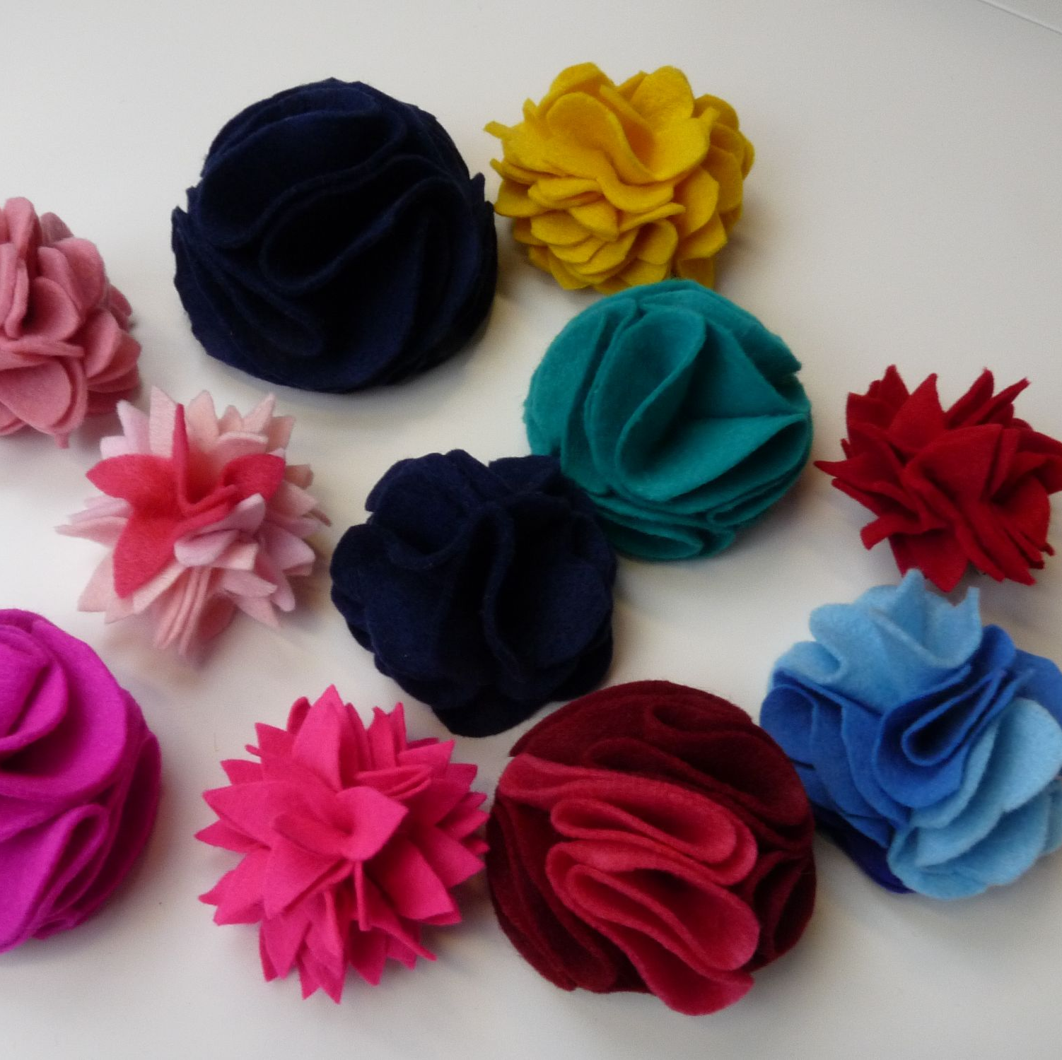 Felt flower hen party activity Brighton & Hove. Sew In Brighton