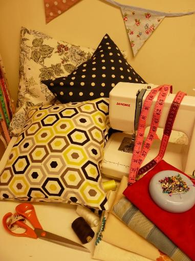 learn to sew half day cushion dec 2012