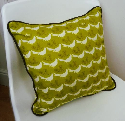 Piped cushion. Sew in Stitch sewing classes, Brighton