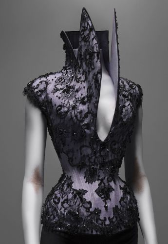 dante corset by Mr Pearl for Mcqueen
