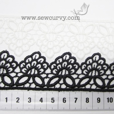 Guipre lace trim - 'bees and petals'