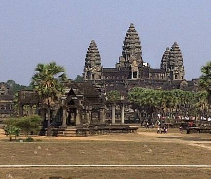 Angkor-Wat-Temple 2012