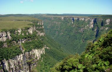 Canyon-Fortaleza by Eduardo Patrial