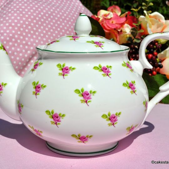 W.G.Wood Ditsy Pink Roses 1.5 Pint Teapot