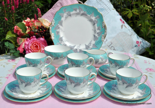 Wedgwood Buxton W4131 Vintage China Tea Set c.1950s