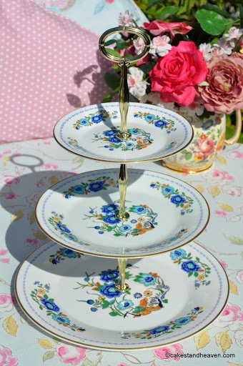 Aynsley Marlina Vintage China 3 Tier Cake Stand