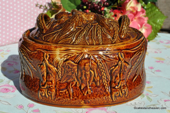Portmeirion Game Pie or Casserole Dish with Lid
