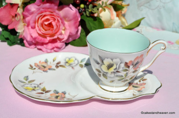 Queen Anne Windsor Duck Egg Tennis Set - One Handed Teacup Trio c.1960s
