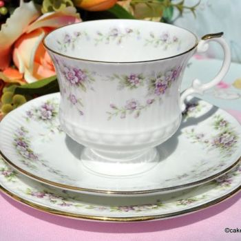 Elizabethan Dainty Violets Hand Decorated Bone China Teacup Trio