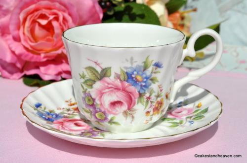 Posies Pattern Vintage Teacup and Saucer c.1950s
