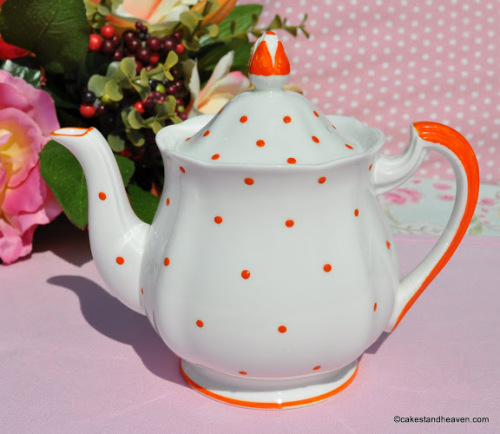 Royal Standard Orange Spot Small Teapot