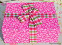 trio pink patterned gift box