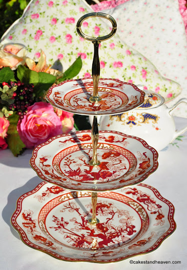 Coalport Indian Tree Coral Traditional Bone China 3 Tier Cake Stand c.1970s