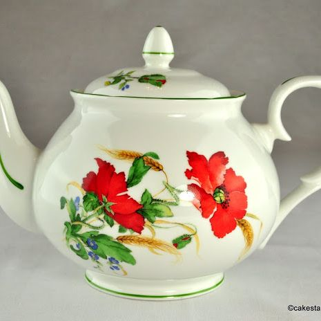 Duchess Poppies 2 Pint Bone China Teapot