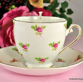 Royal Grafton Ditsy Roses Vintage Teacup Candle Jasmine Scent