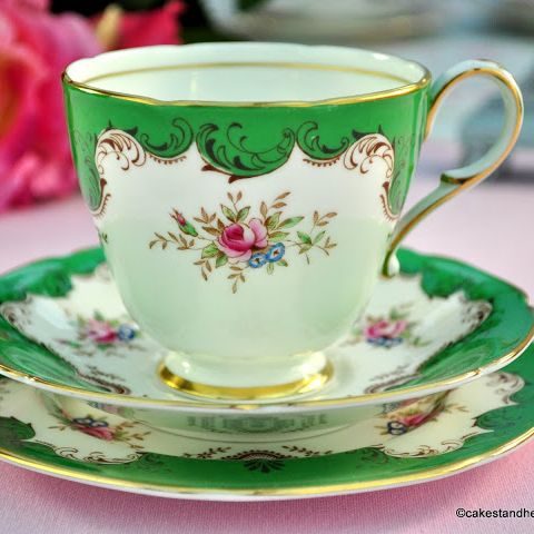 Paragon Emerald Green & Floral Vintage China Teacup Trio c.1957+