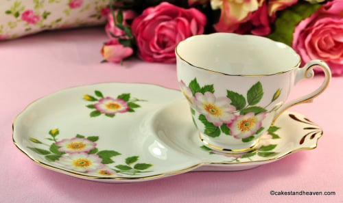 Royal Standard Wild Rose Bone China Tea Cup Tennis Set c.1950s
