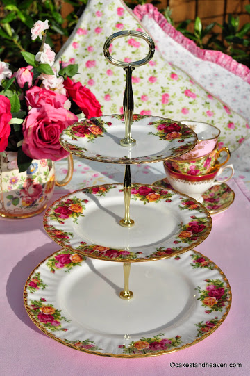 Royal Albert Old Country Roses Vintage 3 Tier Cake Stand