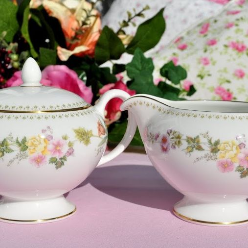 Wedgwood Mirabelle R4537 Cream Jug and Sugar Bowl with Lid