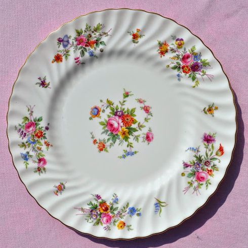 Minton Marlow Floral 27cm Bone China Dinner Plate c.1967