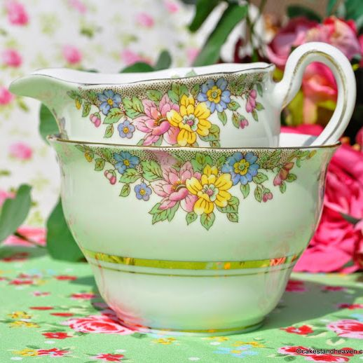 Colclough Green Floral Vintage Milk Jug & Sugar Bowl c.1940s