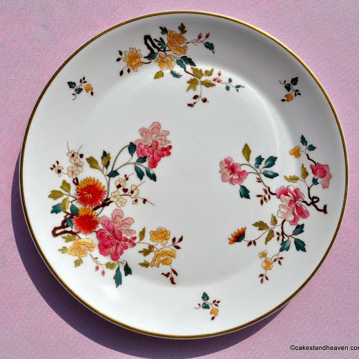 Royal Albert China Garden New Romance 27cm Plate