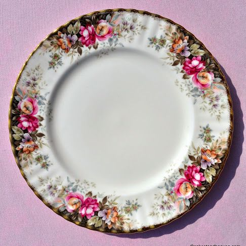 Royal Albert Autumn Roses Vintage China 26cm Plate c.1980s