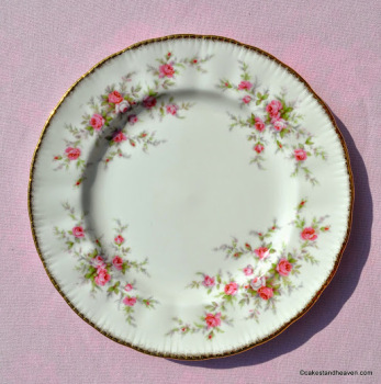 Paragon Victoriana Rose 20.5cm China Plate c.1966+