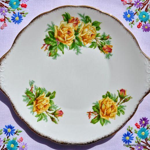Royal Albert Tea Rose Vintage Bone China Cake Plate c.1940s