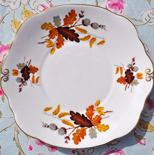 Duchess Oak Leaves Cake Plate c.1950's
