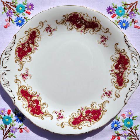 Paragon Majestic Red and Gold Fine Bone China Vintage Cake Plate