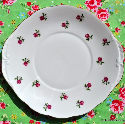Colclough Fragrance Little Roses Vintage Oval Serving Plate