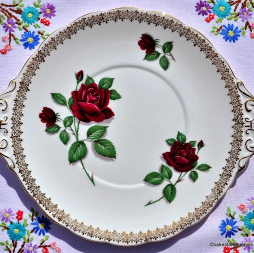 Royal Standard Red Velvet Gold Vintage Fine Bone China Cake Plate