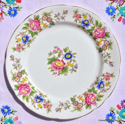Royal Stafford Rochester Vintage Floral 21cm Plate c.1950s - Stock 5
