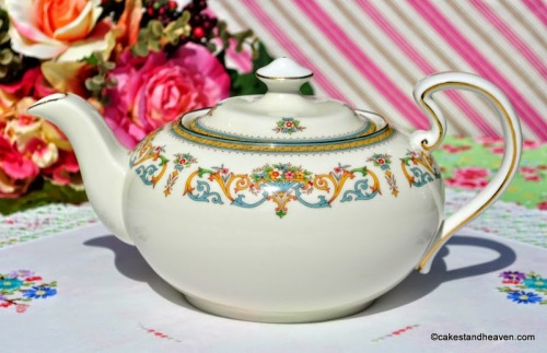 Aynsley Henley Pattern Vintage Fine Bone China Large Teapot