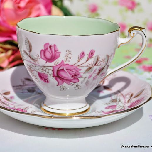 Roslyn Pink Rose Fine Bone China Vintage Tea Cup and Saucer - Stock 2