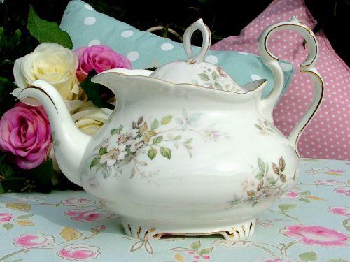 Royal Albert Haworth Ornate Vintage Bone China 2 Pint Teapot